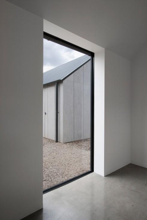 blackwood-studio-adam-kane-architects-architecture-australia_dezeen_2364_col_1